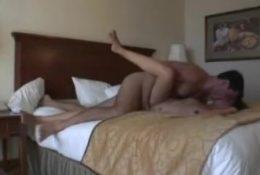 Sexhardfree.com – Fidanzata sfondata in camera da letto